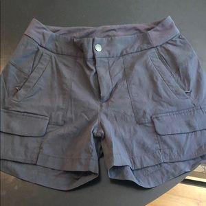 Athleta Trekkie shorts size 8
